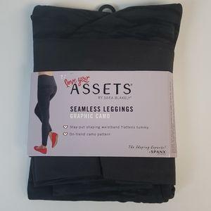 Assets By Sara Blakely Leggings